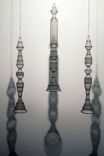 Afruz Amighi, 'Rocket Gods', 2010, Aluminum sheet metal and base metal chain Overall installation - variable size 150 x 23 x 23 cm each, Image taken from http://ivde.net/